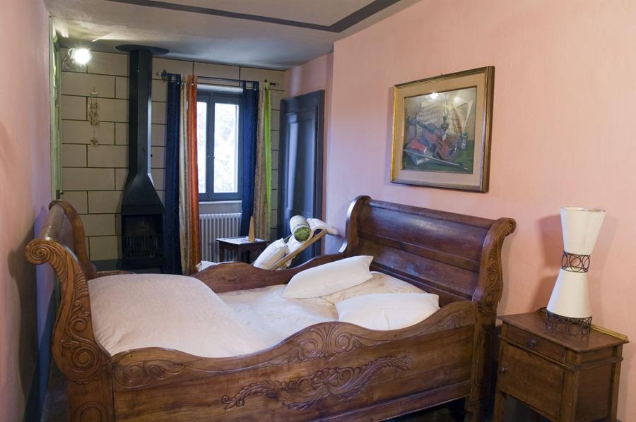 camera rosa antico