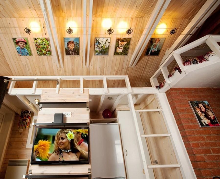capanna di legno con foto