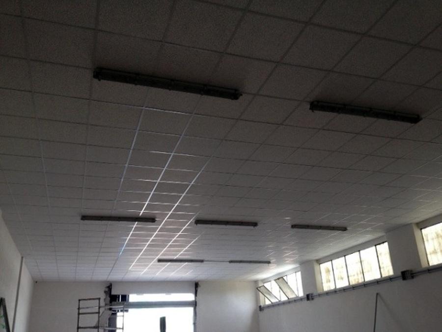 Progetto creazione controsoffitto capannone a roma rm for Come costruire un capannone moderno