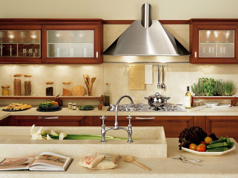 Come scegliere la cappa della cucina idee interior designer - Migliore cappa aspirante cucina ...