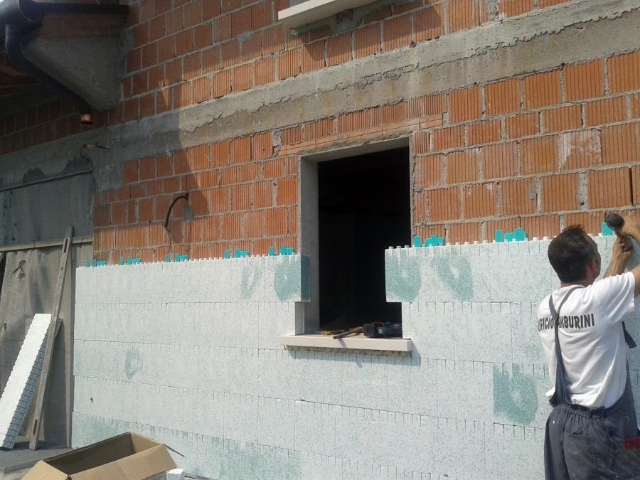 Progetto realizzazione cappotto esterno idee ristrutturazione facciate - Cappotto esterno casa ...