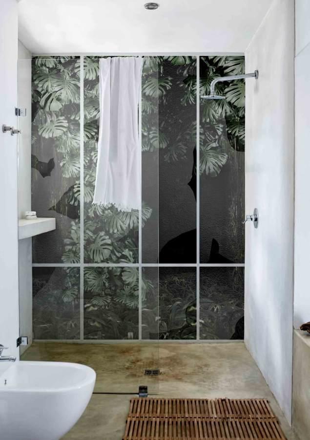 Carta da parati in fibra di vetro per la zona doccia