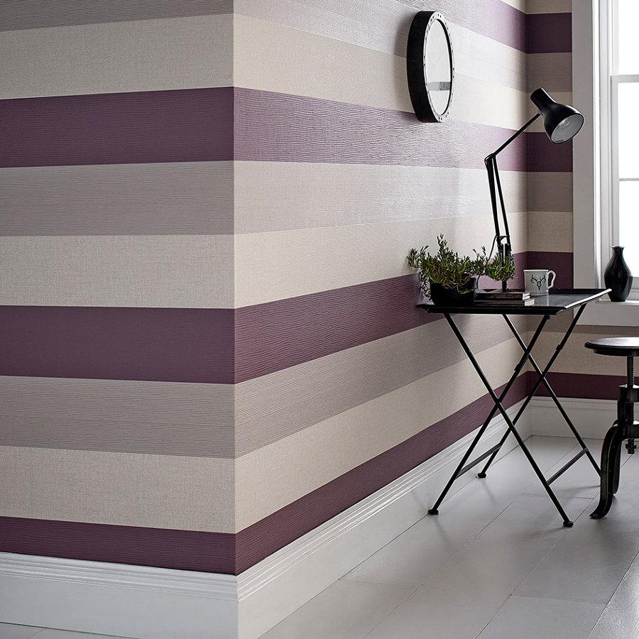 Riproporziona lo spazio delle tue stanza con i colori for Carta da parati a strisce