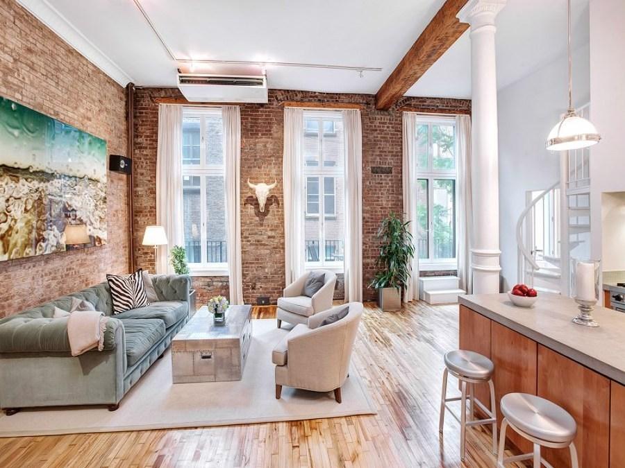 Foto casa con mattoni a vista di francesco esposito for Broadway arredamenti