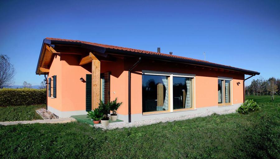 Foto casa di paglia di marilisa dones 400492 habitissimo - Costruire una casa in paglia ...