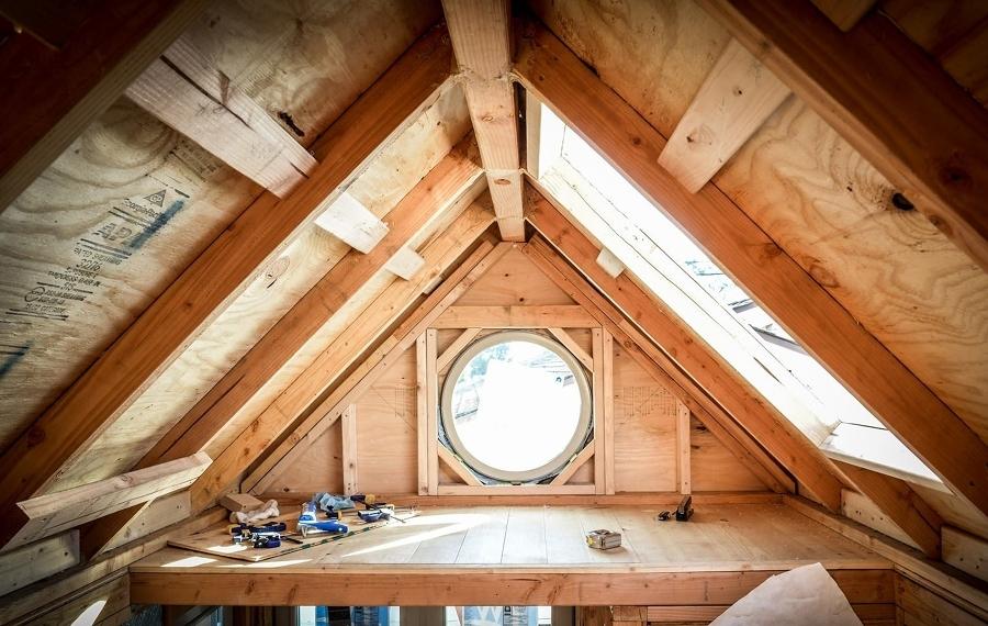 Tiny house storia di due giovani e della loro casa a for Una storia di case in legno