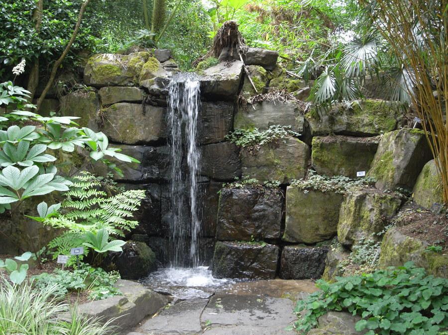 cascate in pietra