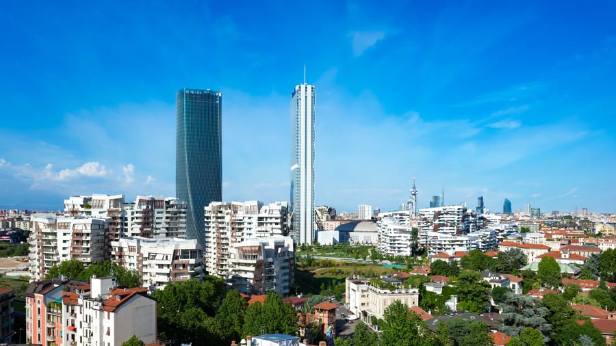 CityLife, vista del quartiere con le residenze e le due torri realizzate