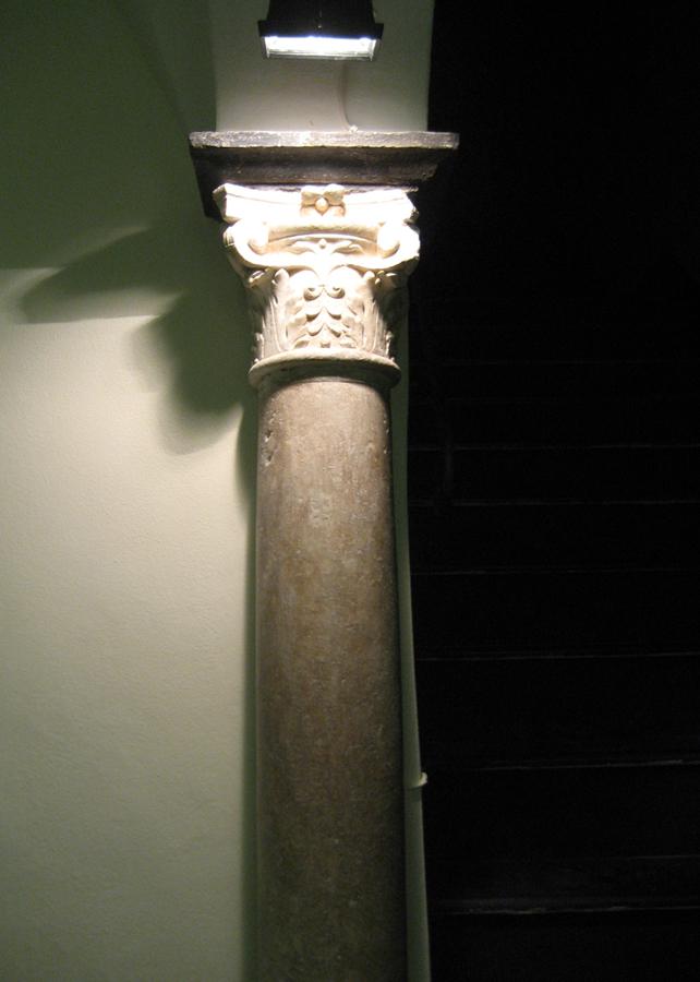Colonna - Dopo l'intervento di restauro