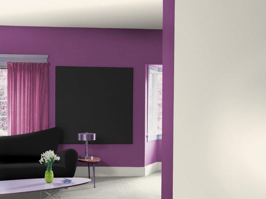 Pareti a righe bianche e nere: letto nero colore parete tortora il ...