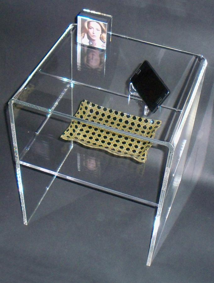 Realizzazioni in plexiglass idee mobili - Mobili in plexiglass ...