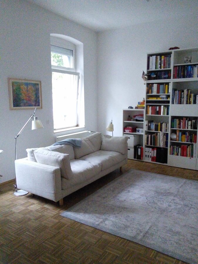 Consulenza realizzazione divano su misura per residenza privata a Dusseldorf (Germania).