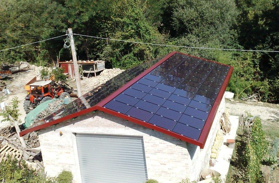 Copertura fotovoltaica integrata