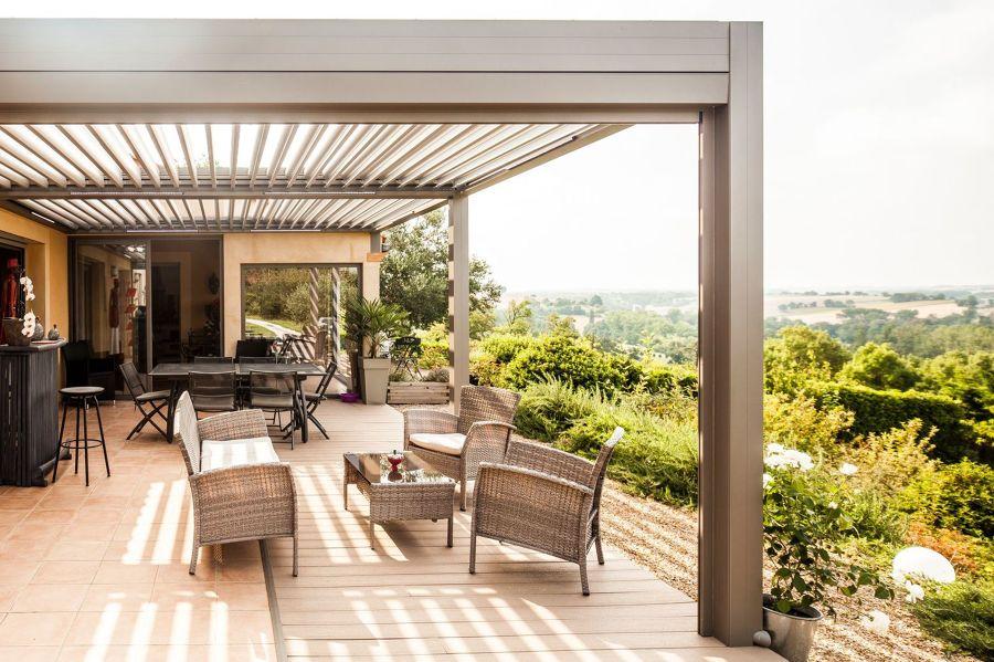 Foto: Coprire la Terrazza con una Pergola Bioclimatica di Rossella ...