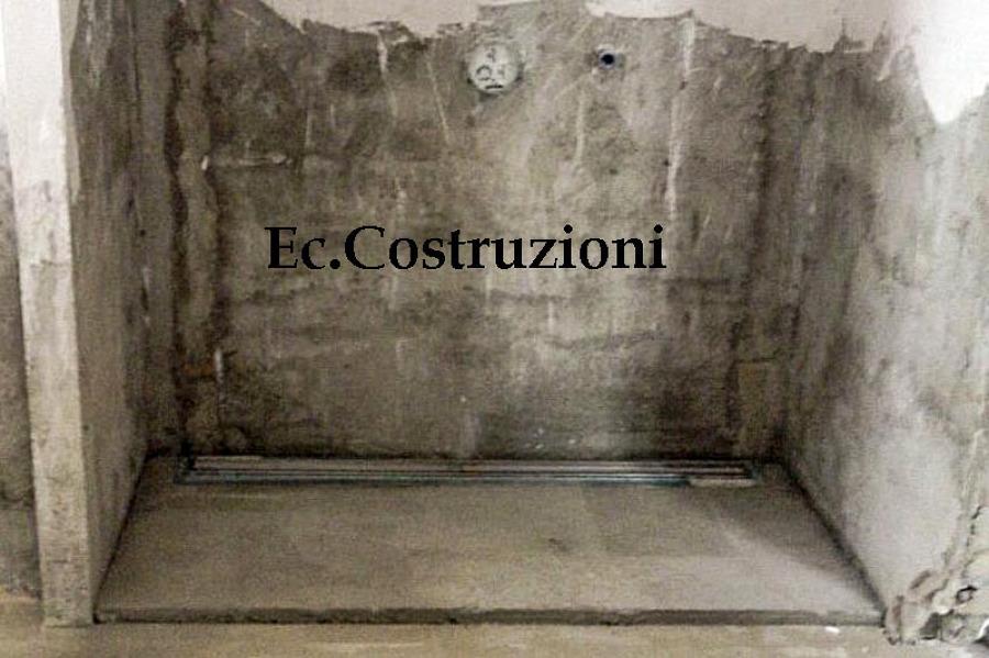Foto creazione di doccia in muratura di e c costruzioni for Box doccia in muratura foto