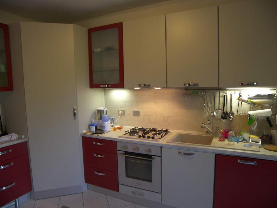 Progetto cucina angolare su misura a buccinasco mi idee armadi - Progetto cucina angolare ...