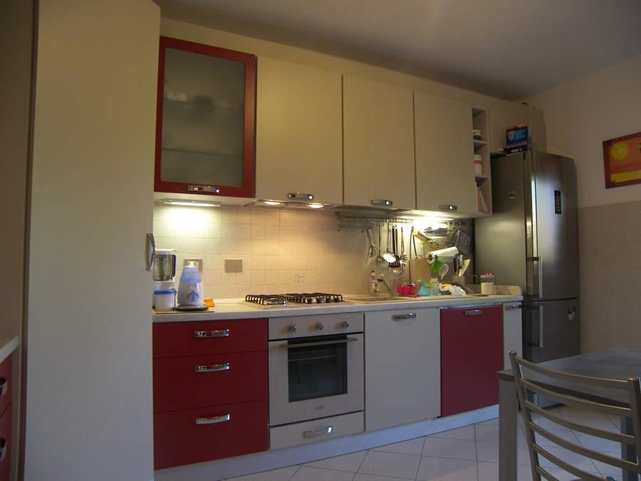 Progetto cucina angolare su misura a buccinasco mi - Cucine piccole su misura ...