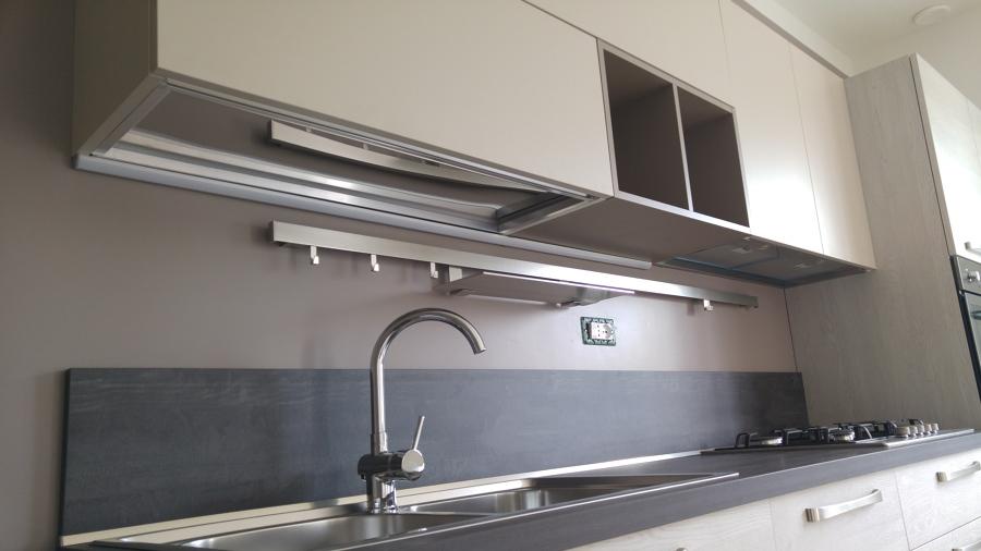Piano Cucina Laminato : Foto cucina arredo piano laminato elettrodomestici candy
