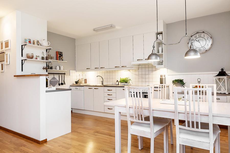 Foto cucina bianca con pareti grigie di rossella - Cucina bianca e tortora ...