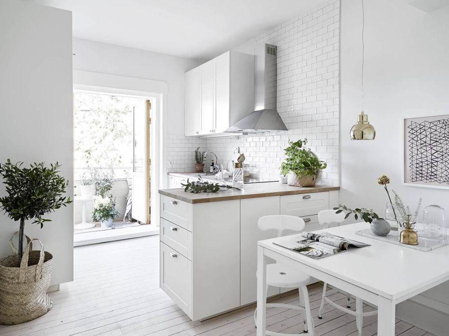 Cucina bianca in stile nordico