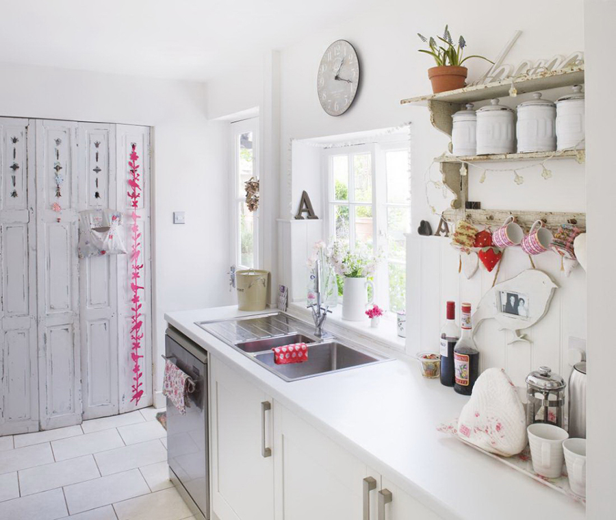 Foto: Cucina con Dettagli In Stile Shabby Chic di Rossella ...