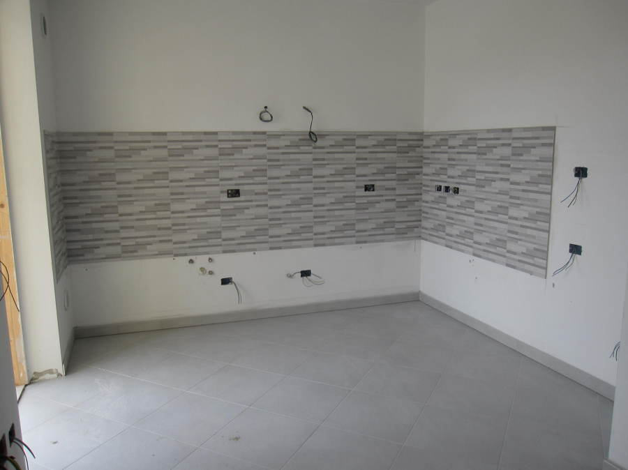 Foto cucina con impianto elettrico di 3g snc 334052 habitissimo - Impianti elettrici a vista per interni ...