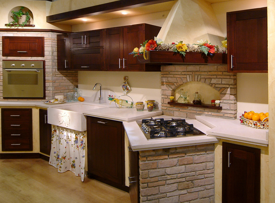 Foto cucina finta muratura di artelegno 369563 habitissimo for Mobili arte povera trento