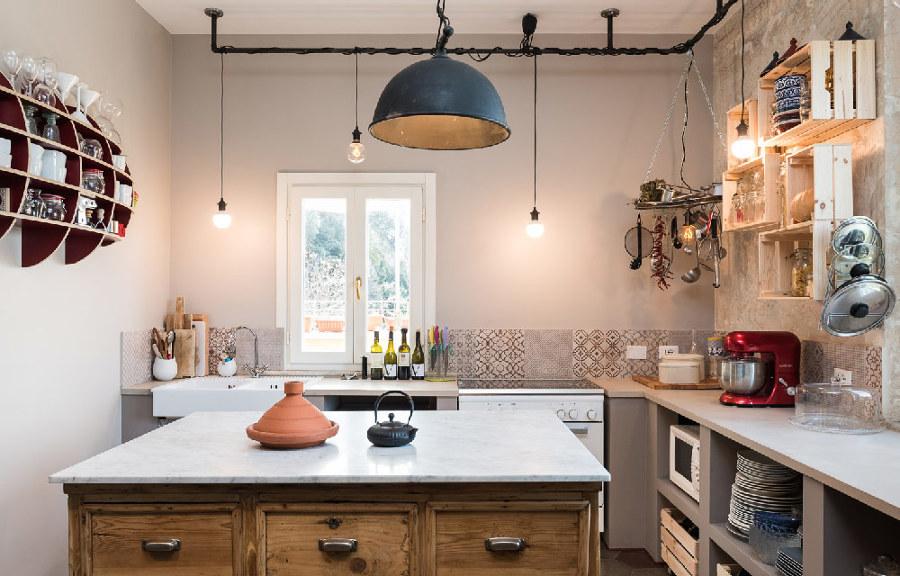 Un appartamento di fine 900 con dettagli in stile - Cucina stile vintage ...