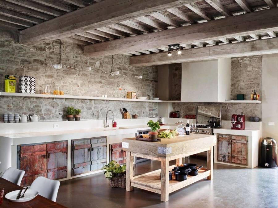 Cucina in stile rustico moderno