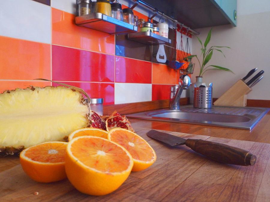 Cucina, particolare del mobile cucina