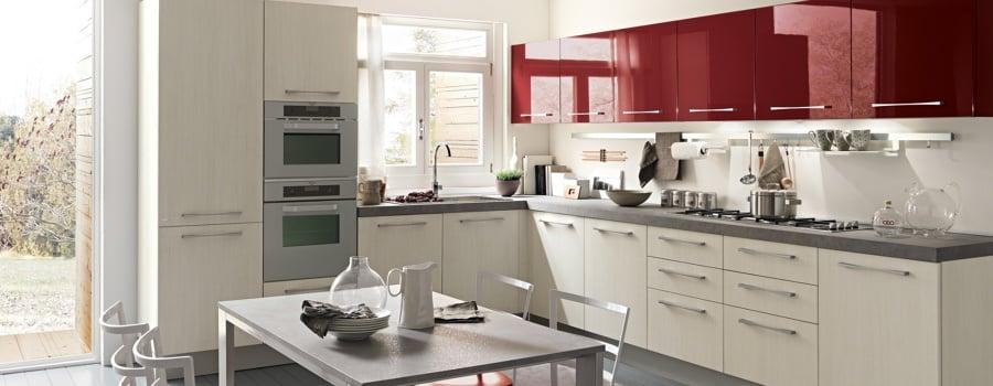 Foto: Cucina Rossa e Bianca di Marilisa Dones #356029 - Habitissimo
