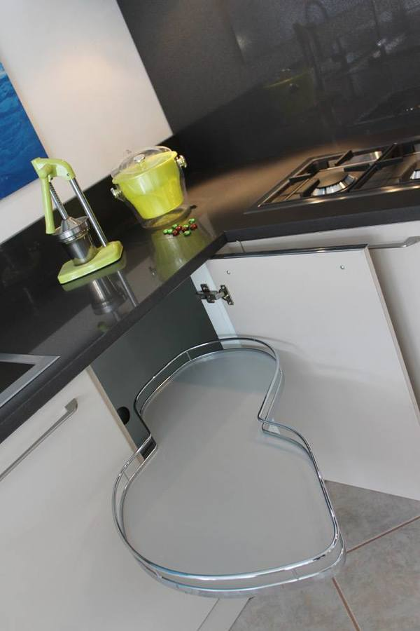 """Cucina Chiara - particolare del dispositivo """"Le Mans"""""""