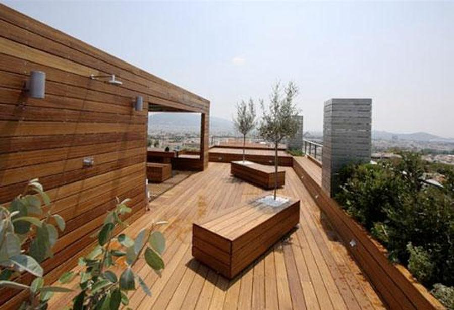 Terrazze moderne 5 idee d 39 arredo idee interior designer for Ideas de pisos para terrazas