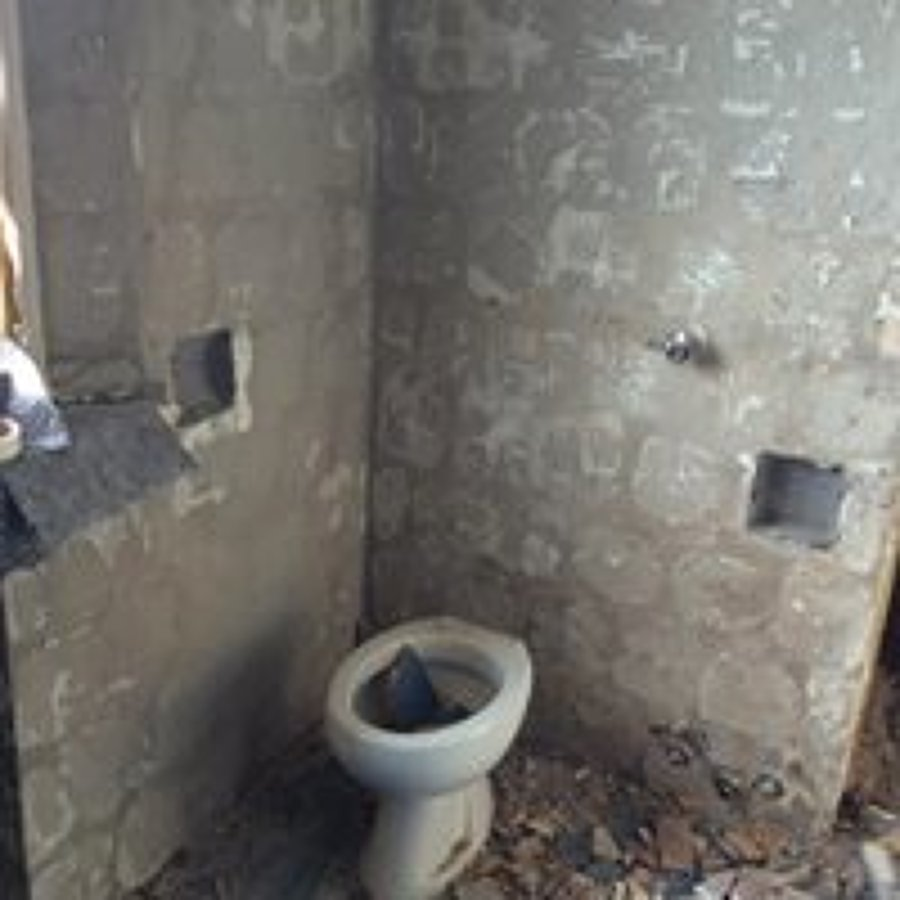 Foto: Demolizione Bagno di Italia Ristrutturazioni Soc. Coop ...