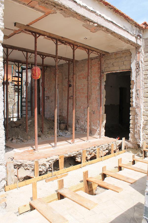 Demolizione  e ricostruzione murature (non portanti)
