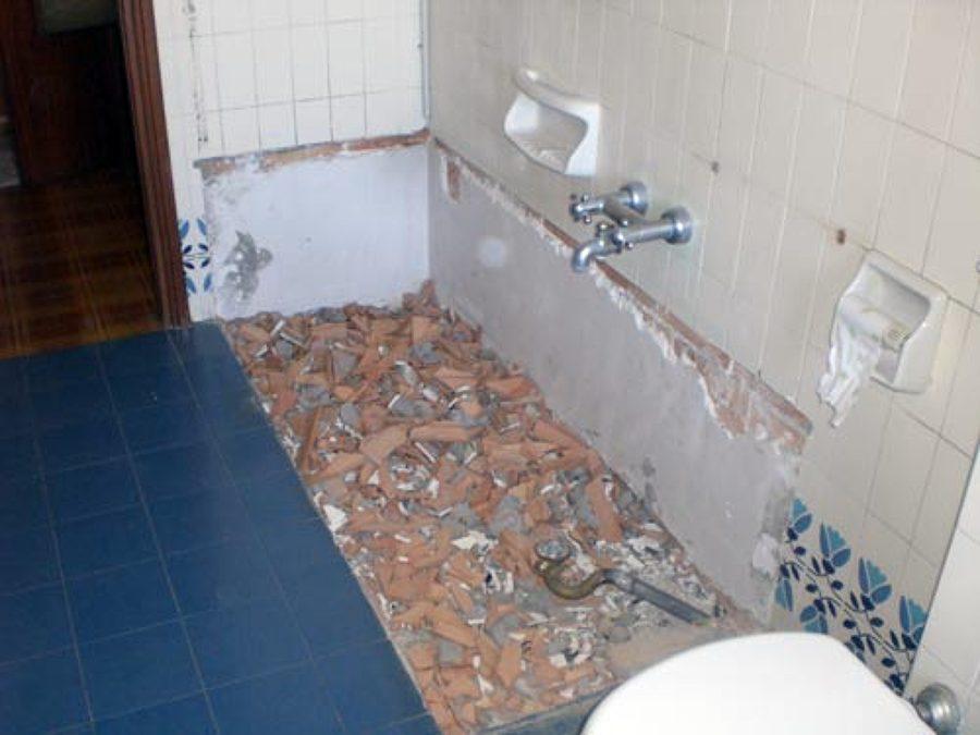 Demolizione e rimozione vasca
