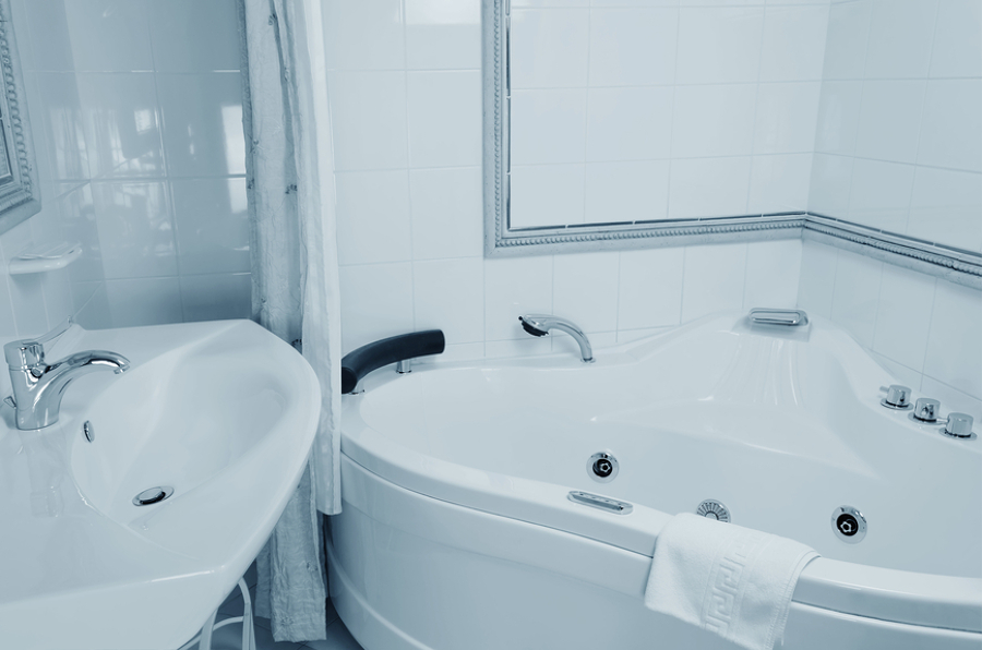 5 consigli per pulire la vasca da bagno idee - Pulire vasca da bagno ...