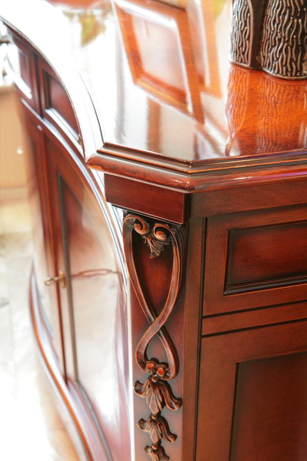Consigli sulla manutenzione dei mobili antichi idee for Buone domande per chiedere a un costruttore di casa