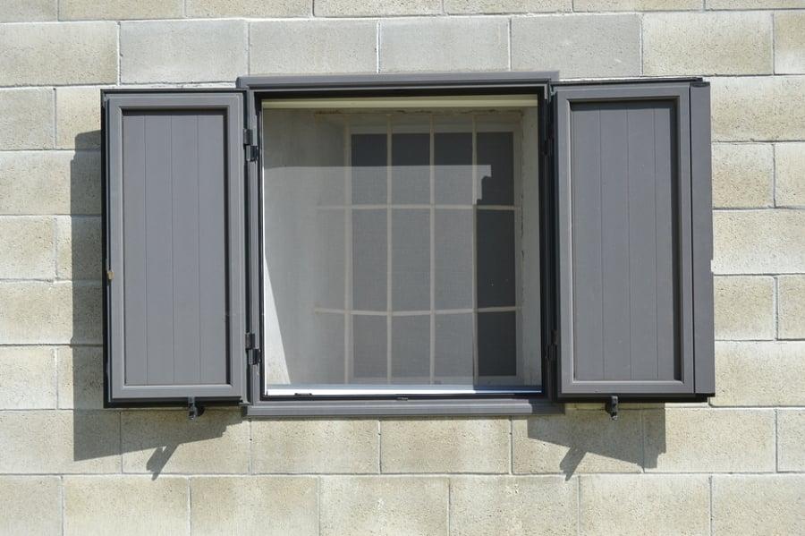 Come costruire le zanzariere per le finestre idee porte - Finestre per scale ...