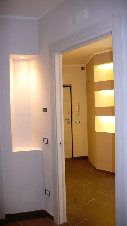 Dettagio corridoio e ingresso