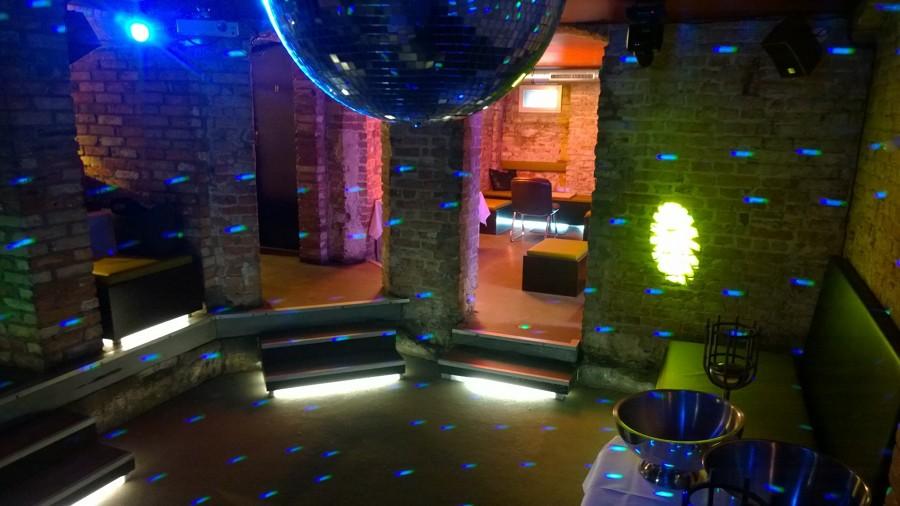 Disco-private party