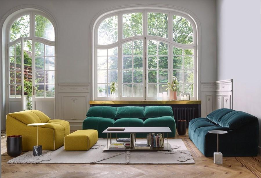 divani e poltrone di velluto un tocco vintage in salone. Black Bedroom Furniture Sets. Home Design Ideas