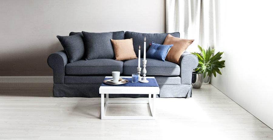 divano blu petrolio