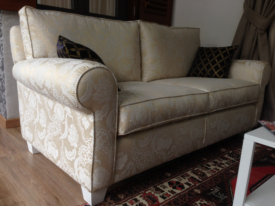 Foto divano classico 2 posti di cavalieri 520578 for Divano classico