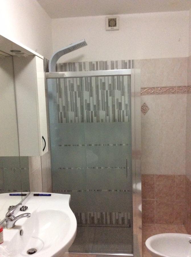 Progetto sostituzione vecchia doccia a torino to idee for Box doccia in muratura foto