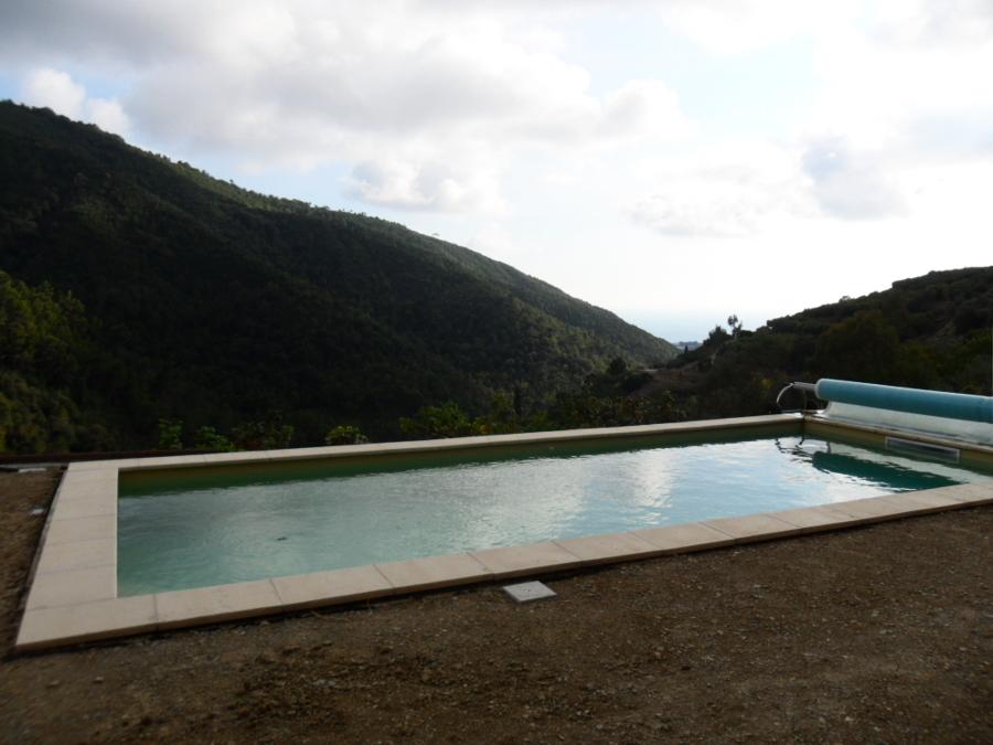 Una piccola piscina privata idee costruzione piscine - Piccola piscina ...