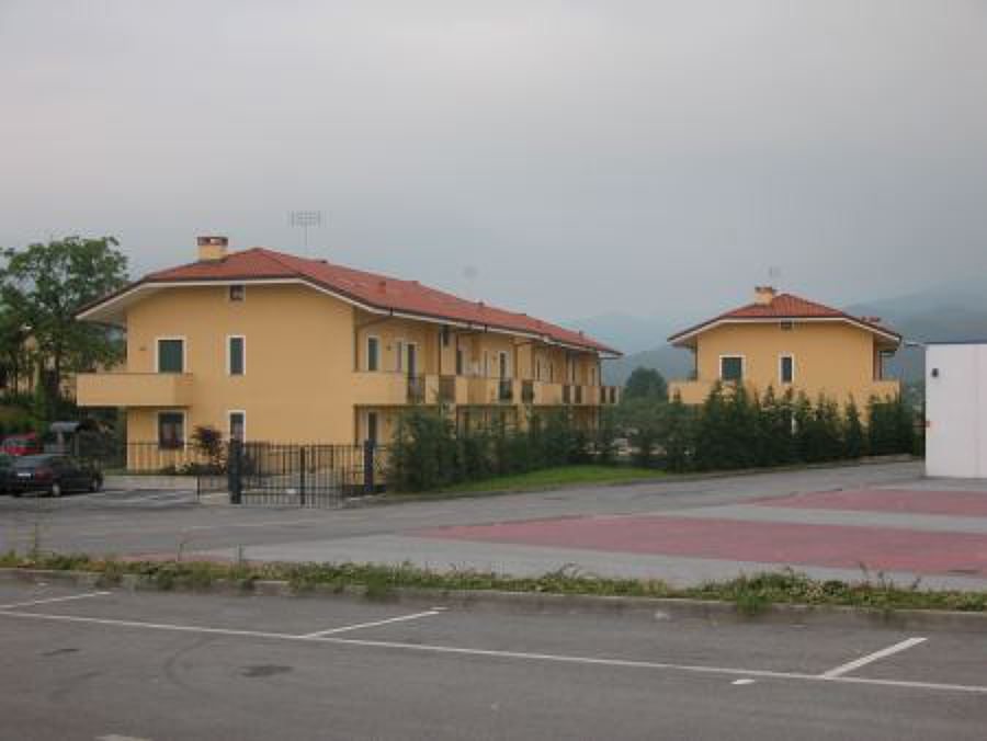Progetto costruzione di edifici plurifamiliari progetti for Progetti di costruzione di garage