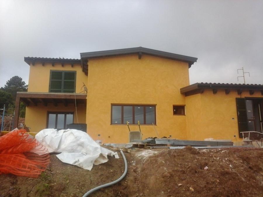 Casa in legno a due piani isola d 39 elba idee costruzione for Piani casa isola cottage