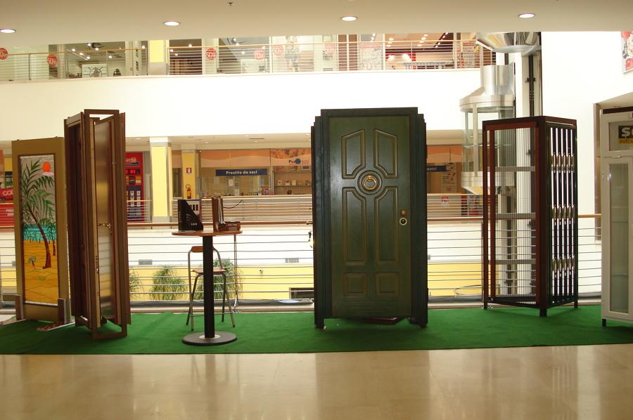 Espozizione in un centro comerciale