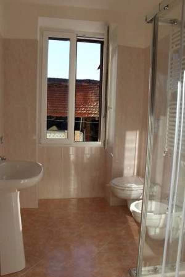 Finestre porte finestre persiane tapparelle porte idee carpentieri - Finestre pvc bianche ...